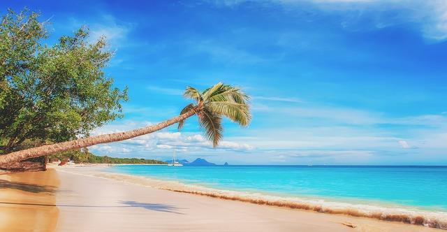 今日头条旅游业开户费是多少?不同行业价格一样吗?