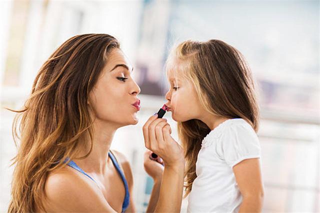 今日头条美妆怎么做推广?开户流程复杂吗?